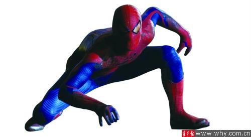 侠头戴尖角面具,身披斗篷,深色系战袍带来黑暗中穿梭的神秘感;蜘蛛侠