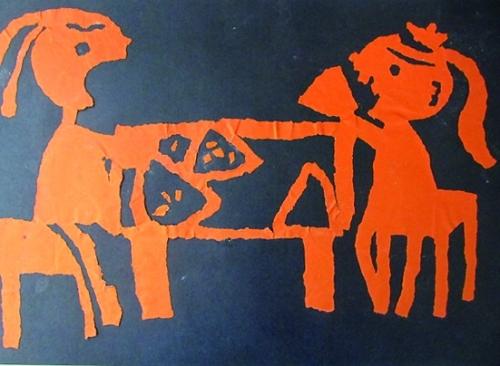 我结合课程安排,进行了美术活动《可爱的小狮子》和孩子们一起进行了
